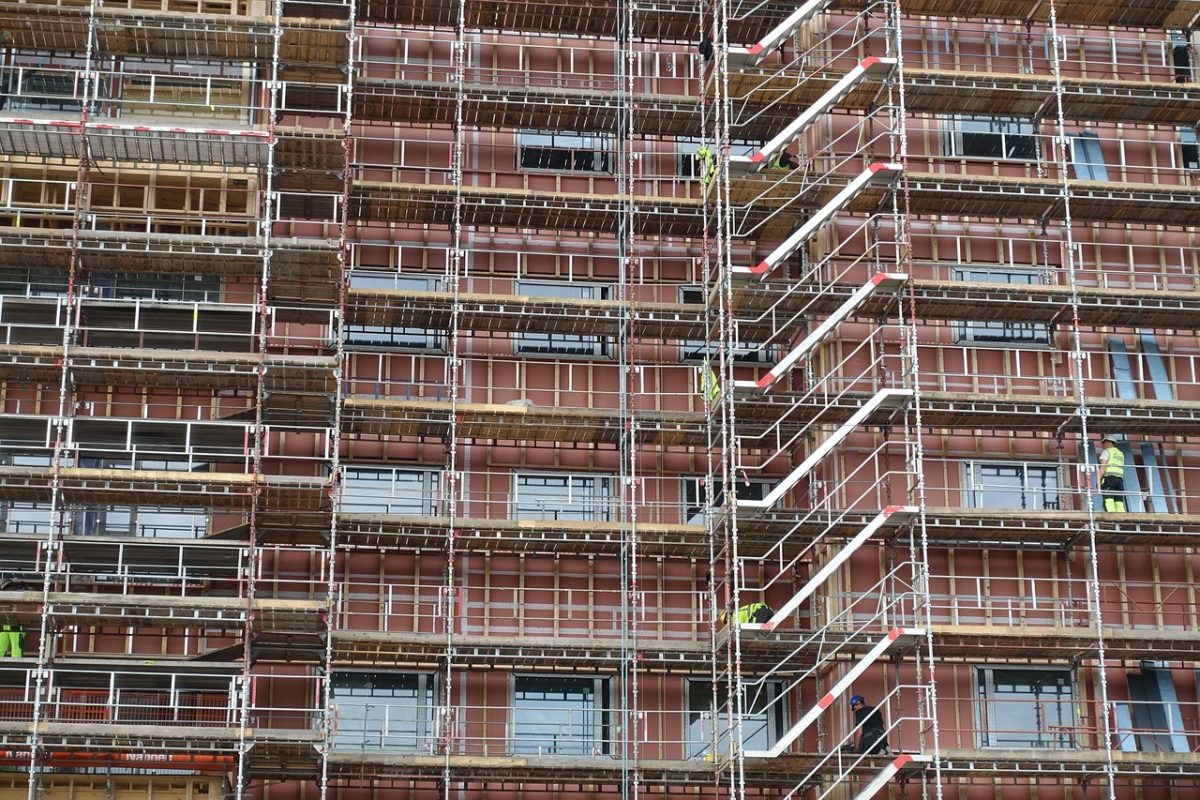 Lack of supply underpin house prices