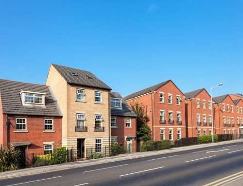 UK Housing Boom: £2,500 Jump in prices